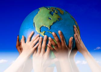 hands-globe2_2pb6
