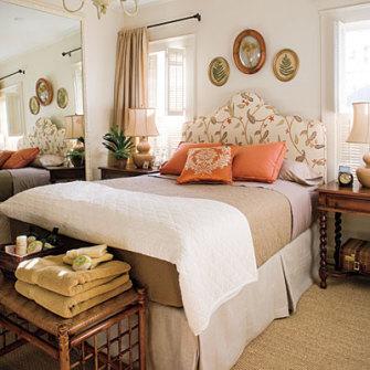 Guest bedroom musts